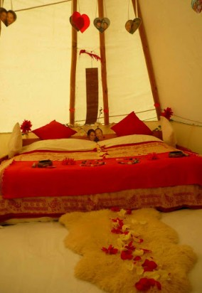 Wedding_Tipi_Night (1)